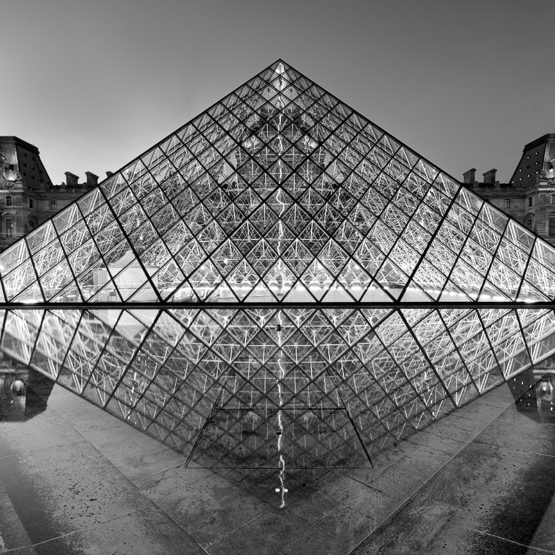 Le Louvre 2, Paris, France. 2015