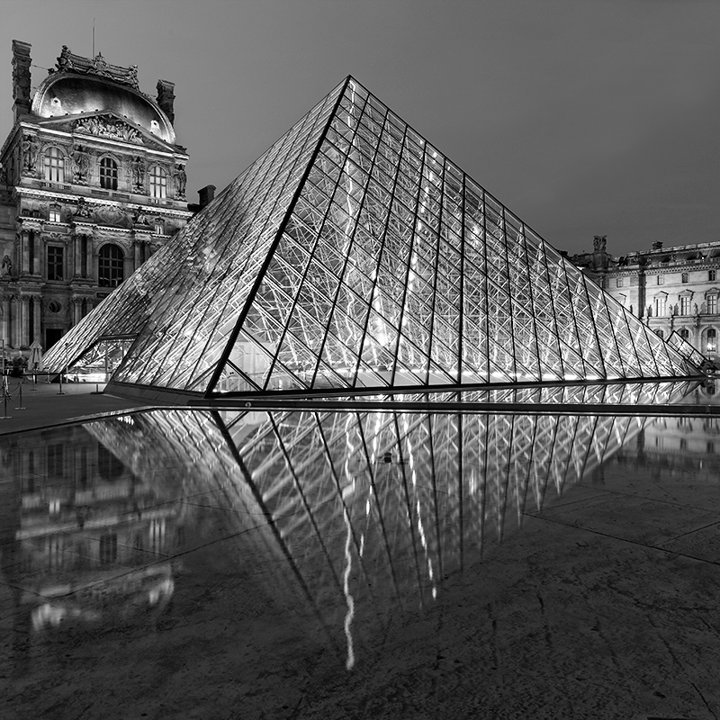 Le Louvre 3, Paris, France. 2015