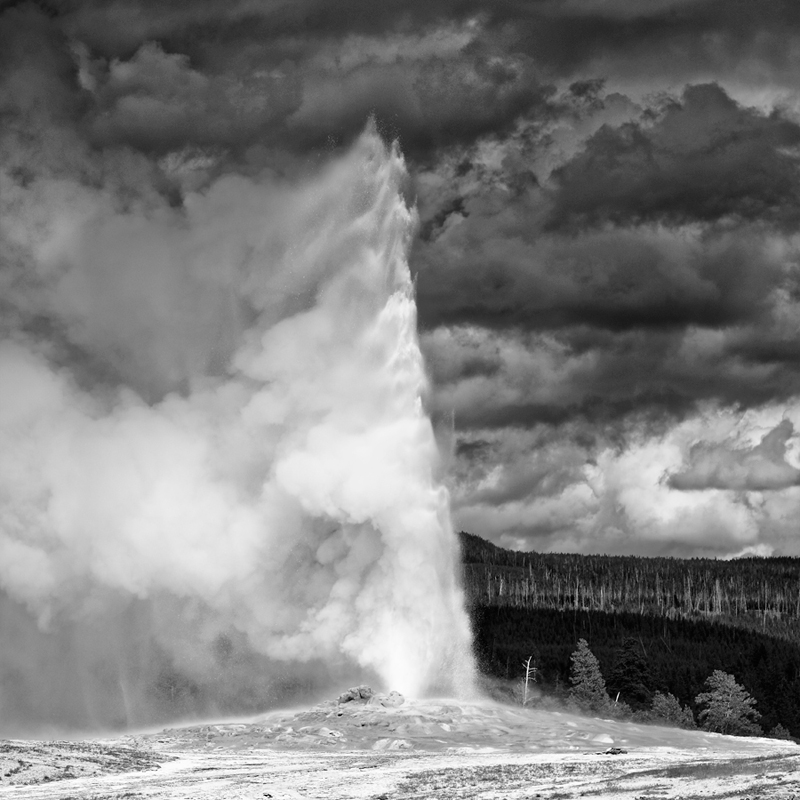 Old Faithful, parc national du Yellowstone, Wyoming, USA. 2017